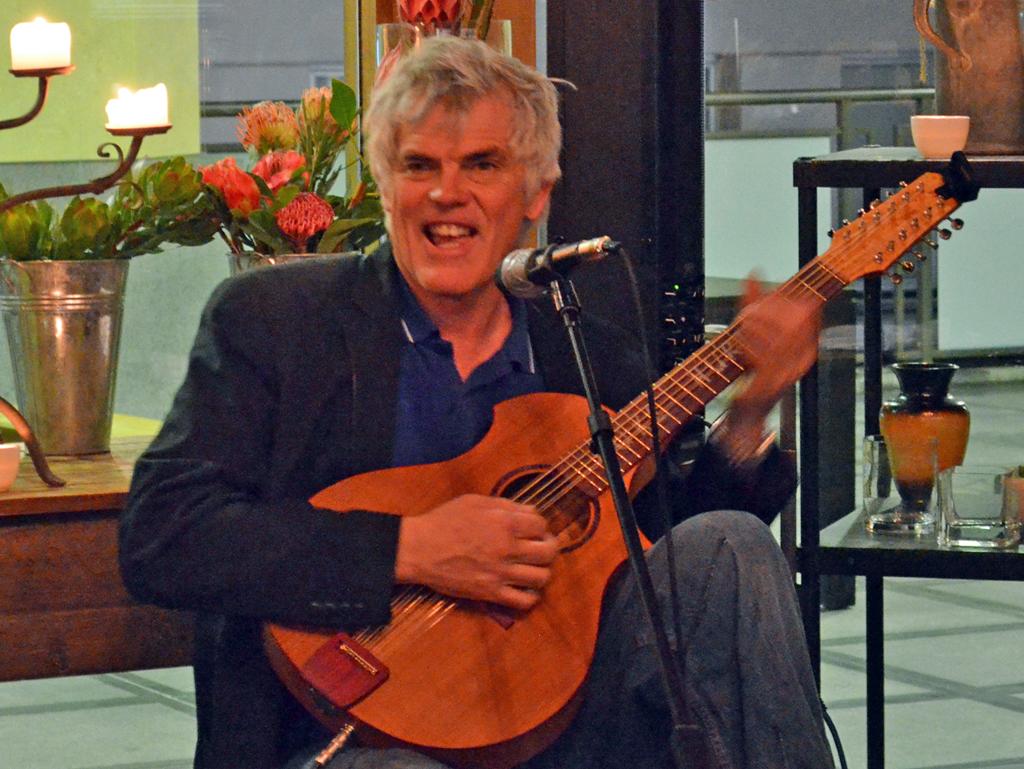 Luke Hurley in concert